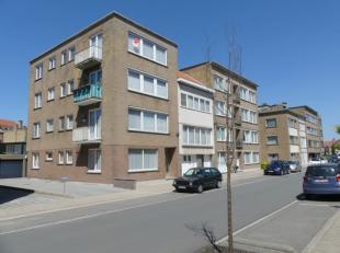 Appartement met 2 slaapkamers en garagebox in Brugge. Gelegen in een rustige buurt nabij winkels, openbaar vervoer en het centrum van Brugge.<br /> <b