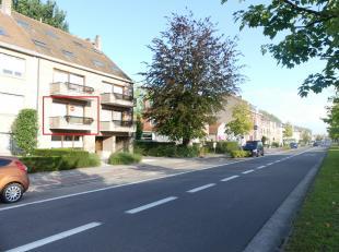 Appartement te huur met 2 slaapkamers en terras langs de Baron Ruzettelaan. Het appartement is gelegen op fietsafstand van centrum Brugge en in nabijh