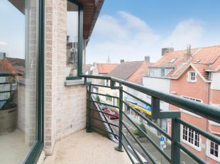 """2-slaapkamerappartement gelegen in het centrum van Gistel. Het appartement is gelegen op de derde verdieping in de residentie """"Mares"""" in de Stationsst"""