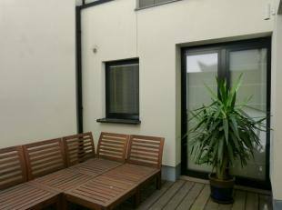 Dit lichtrijk bemeubeld nieuwbouwappartement met één slaapkamer heeft een ruime leefruimte met aangenaam terras.  <br /> <br /> indeling