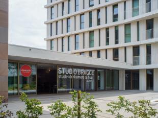 Nog op zoek naar een studentenkot?<br /> <br /> Gemeubelde studentenkamer (30m²) gelegen in STUDIO BRUGGE op centrale ligging nabij het station v