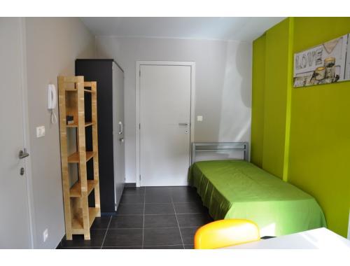 Kot-Kamer te huur in Sint-Andries, € 260