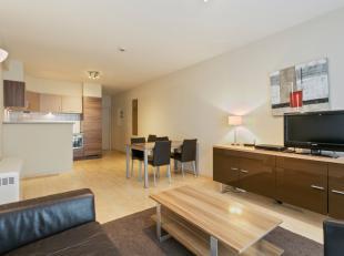 2 slaapkamer appartement in een recent gebouw, gelegen op de Kruidtuinlaan. <br /> <br /> Het appartement bestaat uit een living, keuken, 2 ruime slaa