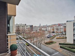 Dit ruime appartement te koop is instapklaar en gelegen in de rustige kant van Blankenberge, en beschikt over 3 ruime slaapkamers met aansluitende zui
