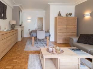 Gezellig appartement te koop met twee slaapkamers gelegen in de Kapucijnenstraat te Oostende. Midden in het centrum van de stad, dicht bij openbaar ve
