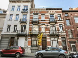 C'est en 1901 que l'architecte Henri Van Massenhove à conçu cette maison dans le style éclectique. Le résultat? Une combin