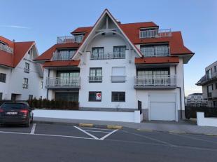 Ruime garagebox gelegen op de -1 van de Residentie Villa Georges, Prosper Pouletstraat te Middelkerke. Lengte: 7,6m Breedte: 2,9m. Stopcontact en lich