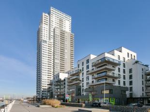 Adembenemend 3 slaapkamer appartement dat volledig bemeubeld is en zich bevindt op de 28e verdieping in de Up-site; de grootste woontoren van Belgi&eu