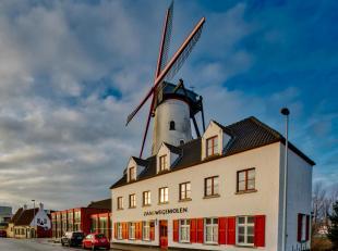 Zeer gekende horecazaak te koop met feestzaal, restaurant, herberg en privé appartement rond Brugge tussen Waggelwater, AZ St.-Jan en Blauwe To