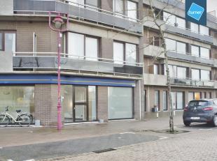 Goed gelegen handelspand in centrum van Aalter nabij het station. Parkeerplaats voor de deur. Handelspand voorheen ingericht als kapsalon. Grondopp 90