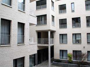 Prachtig appartement te huur in hartje Brussel. Het appartement is gelegen op 150m van de Grote Markt, ingesloten door de Koninginnengalerij, de Grasm
