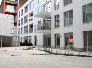 Nieuwbouw vlak aan Sint-Katelijneplein!<br /> Rolstoelvriendelijk appartement!<br /> Ruim 2 slaapkamer appartement op het gelijkvloers van nieuwbouw.