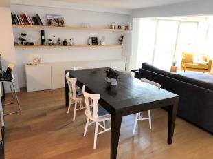 Prachtige loft te huur in Brussel!<br /> <br /> Het pand is gelegen op de Bodegemstraat te Brussel.<br /> De ruime loft beschikt over een oppervlakte