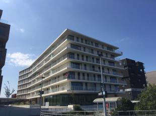 """Subliem nieuwbouwappartement te huur op een fantastische locatie in Brugge. Het appartement in het nieuwbouwproject """"Nieuw Brugge"""" bevindt zich aan he"""