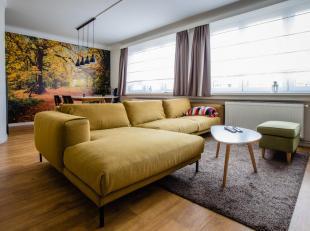 Wij bieden ons ruim appartement met twee slaapkamers te koop aan. Het appartement bevindt zich op de eerste verdieping in een rustige straat op enkele