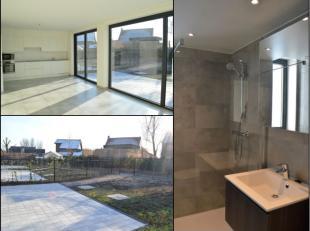 Moderne nieuwbouwwoning te huur in het rustig gelegen Boezinge. De woning is voorzien van 3 kamers, 2 badkamers, tuin en carport. Verlichting & go