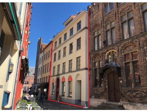 Appartementsgebouw te koop in Brugge, € 1.995.000