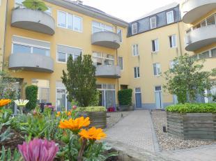 Gezellig appartement te huur in het centrum van Brugge, gelegen in een rustige omgeving doch met een vlotte bereikbaarheid. Het appartement is voorzie