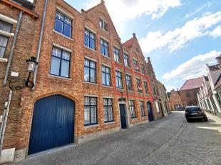 Rustig gelegen appartement in hartje Brugge met 2 slaapkamers. Gelegen in een zeer rustige straat zijnde Groeninge, te midden het historische centrum