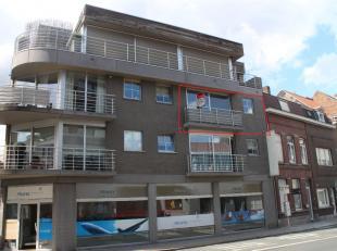 Appartement met 2 slaapkamers, ideaal voor als startersappartement.<br /> Het is gelegen in hartje Kortrijk dicht bij alle invalswegen. <br /> <br />