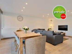 Dit instapklaar appartement in De Pinte, Langevelddreef 92, dateert van 2015 en beschikt over een bewoonbare oppervlakte van 86m². Het appartemen