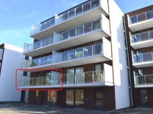 Nieuwbouwappartement aan de Westkaai op de eerste verdieping. Gelegen op wandelafstand van het centrum van Ieper. Lift aanwezig! <br /> Het appartemen