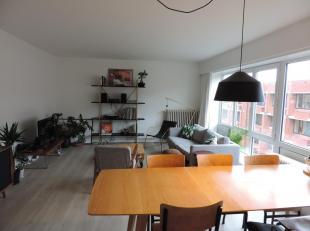 Appartement op 3de verdieping gelegen nabij Brugge centrum met living, ingerichte keuken, berging, 2 slk's, badkamer met ruime douche, toilet, terras,