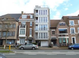 Deze autostandplaats is gelegen net buiten het centrum.<br /> Deze heeft ook een vlotte verbinding richting Expresweg Brussel-Kust.