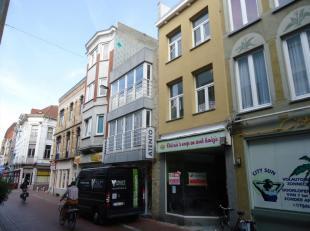 Centraal gelegen, knus appartement Vlakbij de grote markt en op een boogscheut van de winkelwandelstraat en de zeedijk is dit knus, gerenoveerd appart