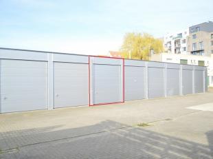 CENTRUM OOSTENDE: Extreem ruime garageboxDeze unieke en ruime, afgesloten garagebox bevindt zich op een centrale en in een zeer rustige omgeving in de