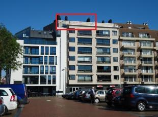 Dit lichtrijk & luxueus dakappartement op de zevende verdieping is gelegen op toplocatie op de grote markt. Topvoorbeeld van prachtig & luxueu