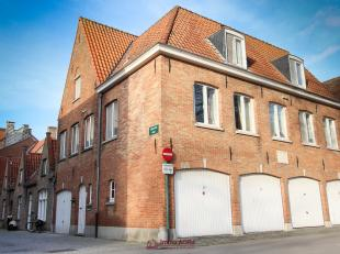 Dit interessante gebouw gelegen in het centrum van Brugge is ideaal voor wie een goede investering wenst te doen. Het beschikt over 5 volledig uitgeru