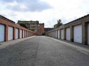 Garagebox.<br /> Deze praktische en bijzonder correct geprijsde garagebox (  24.000) is gelegen in een garagecomplex tussen Herstvelde en Hogeweg te B