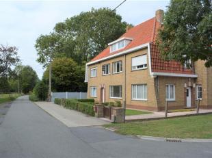 Ruime gezinswoning met tuin te Brugge (Sint-Pietersplas).<br /> Deze woning is bijzonder aangenaam gelegen op een boogscheut van Sint-Pietersplas in e