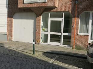 Ondergrondse autostandplaats te huur in het centrum van Brugge. Goed gelegen tussen het Jan van Eyckplein en het Sint-Jansplein.afmetingen autostandpl