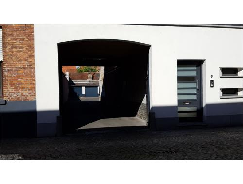 Garage te huur in Brugge, € 85