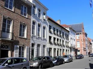 Dit gezellig en budgetvriendelijk 1-slaapkamer appartement is ideaal gelegen in het centrum van Brugge, vlakbij diverse winkels en het Astridpark.Best