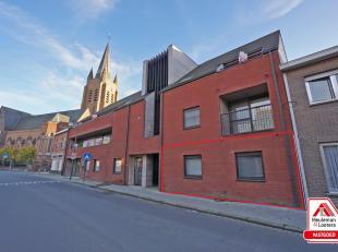 Prachtig appartement in nieuwbouwresidentie Rutherford, gelegen in het centrum van Ruddervoorde, tussen de Sijslostraat en het Hofplein. Op wandelafst