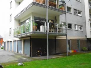 Op een mooie locatie te Sint-Michiels gelegen mogen wij aanbieden dit moderne en goed ingedeelde appartement gelegen op de eerste verdieping met balko