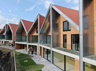 De woning 'D6' bevindt zich op de verdieping van De Blekerie, een toekomstgericht woonproject in het centrum van Brugge. Deze lichtrijke woning met 12
