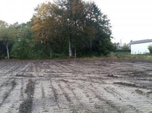 Danneels biedt een nieuw stuk perceel bouwgrond te koop aan langs de Bareelstraat in Putte (Beerzel).Door de centrale ligging tussen Mechelen, Leuven,