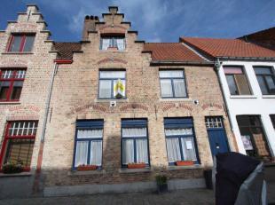 Brugge centrum, rustige ligging ,nabij Koningin AstridparkGezellige pittoreske stadswoning met tuin en 3 slaapkamers, mogelijkheid tot 5 slaapkamers.<