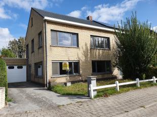 Sint-Andries, supergoede ligging, vlakbij centrum Brugge en heel rustig in doodlopende straat,<br /> Degelijk gebouwde Half-Open Bebouwing met garage,