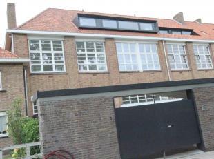 Brugge residentiële ligging<br /> Prachtig recent totaal vernieuwde woning in  oorspronkelijk oude kleuterschool<br />  GLOEDNIEUWE LUCHTIGE ENER
