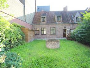 Brugge centrum, vlakbij station en 't Zand<br /> Mooi huis met tuin uitgevend op de Reitjes<br /> omvat: inkom, toilet, wasplaats-berging, keuken,tuin