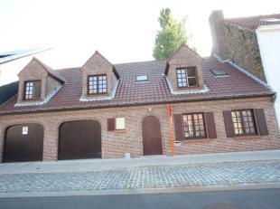 Brugge Sint-Andries, vlak achter de  Smedenpoort <br /> Ruim degelijk gebouwd woonhuis met 2 garages , stadstuin, 4 slpks,  mogelijkheid 5 é.<b