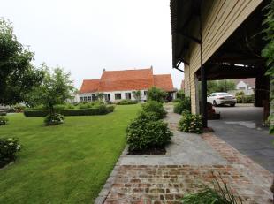 Zuienkerke, Uitzonderlijk gerestaureerde hoeve de dato 1784  <br /> luxe-cottagestijl met authentieke materialen + bijgebouw van 130m2 en zuidgerichte