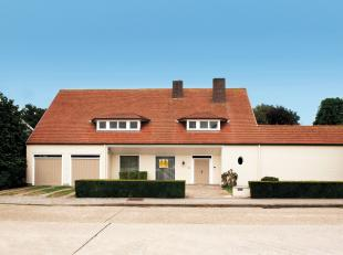 Sint-Michiels, residentiële excellente ligging.<br /> Klassieke  lichtrijke villa met groot volume, perfect zon-geörienteerd op een perceel