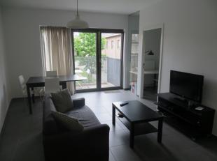 VERNIEUWDE VOORWAARDEN !! Ruim duplexappartement (op gelijkvloers en 1e verdieping) met eigen aparte buiteningang in een recente residentie met veel g