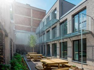 """Deze studentenkamer in de residentie """"Wandelweg"""" is zeer centraal gelegen en voorzien van alle hedendaagse comfort. De kamer heeft een bewoonbare opp."""